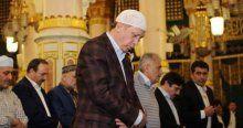 Cumhurbaşkanı Erdoğan, Peygamber Efendimiz'in huzurunda