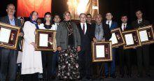 Şehit yakını ve gazilere 'devlet övünç madalyası'