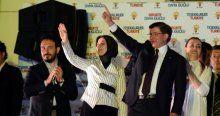 Başbakan Davutoğlu AK Parti Genel Merkezi'nde vatandaşlara seslendi