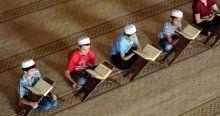 Türkiye'nin üçüncü büyük camisinde 'mukabele' geleneği
