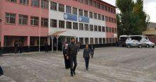Yüksekova'da seçmene PKK engeli