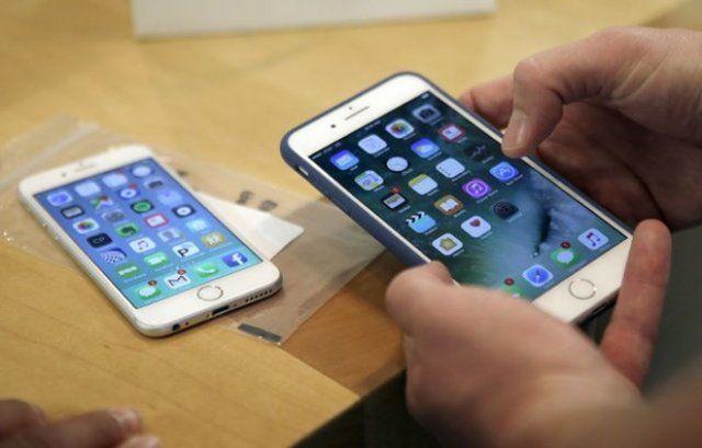 iPhone 3 farklı modelle geliyor
