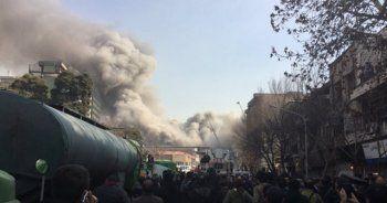 İran'ın başkenti Tahran'da çöken binadan ilk kareler