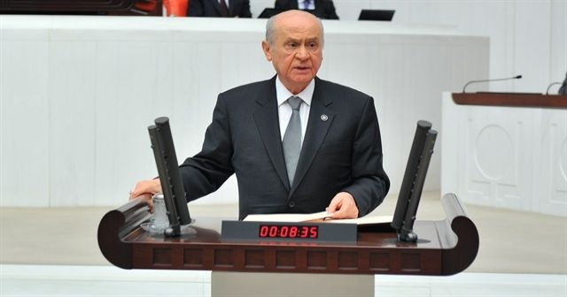 Bahçeli, Erdoğan'la özdeşleşen sözü söyleyince TBMM alkıştan yıkıldı