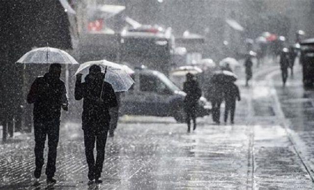 Batı Akdeniz için kuvvetli yağış uyarısında bulunuldu.