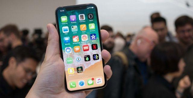 Ucuz iPhone bombası patlıyor! Fiyatı da belli oldu