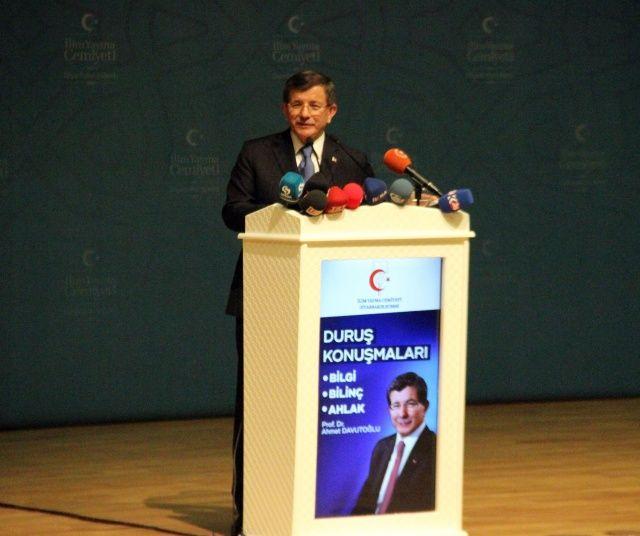 Ahmet Davutoğlu'dan flaş adaylık açıklaması