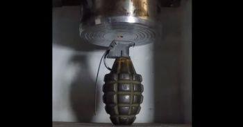 El bombasını preslersen bakın ne olur?