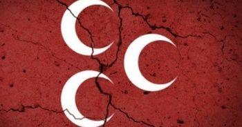 Görevinden istifa eden MHP'li başkan, İyi Parti'den aday adayı oldu