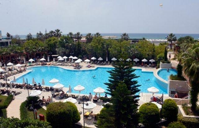Antalya'da çiftlerin yeni tercihi +18'lik tatil