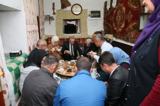 Cumhurbaşkanı Erdoğan'ın evinde iftar açtığı kişi bakın kim çıktı?