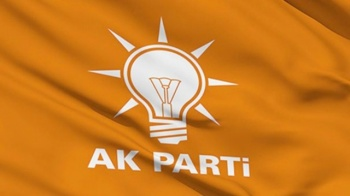 AK Parti'de 16 yıl sonra ayrılık