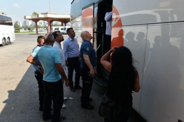 Şehirler arası otobüste skandal!