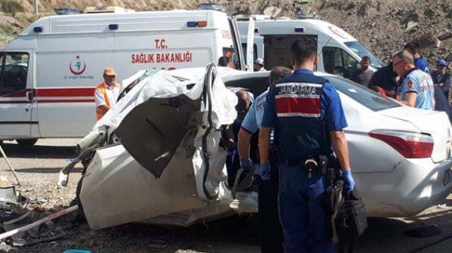 Kırıkkale Ankara yolunda feci kaza! Ölüler var