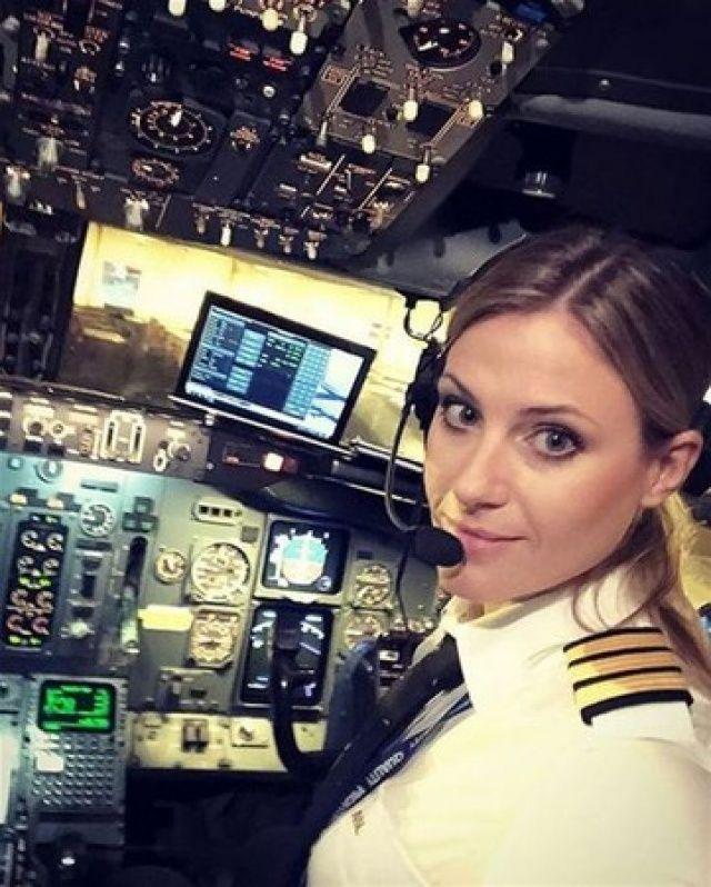 Kuaförlüğü bıraktı, pilot oldu