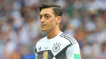 Almanlar açıkladı yer yerinden oynadı! Mesut Özil...