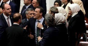 HDP'li Şık'a Alpay Özalan'dan sert tepki!