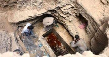 Mısır'da bulunan lahitin içinden bakın ne çıktı!