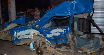 Samsun'da korkunç kaza! Araç ikiye bölündü