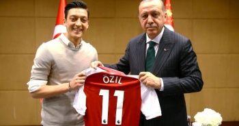 Türkiye'den flaş Mesut Özil kararı! Almanya'ya gönderiliyor...