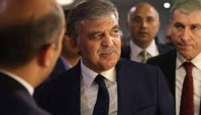 Abdullah Gül'e şok!  Yakınındaki isim tutuklandı