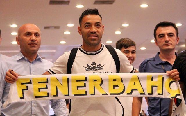Marco Fabian, Fenerbahçe için İstanbul'a geldi