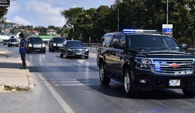 Cumhurbaşkanı Erdoğan onları görünce konvoyu durdurdu!