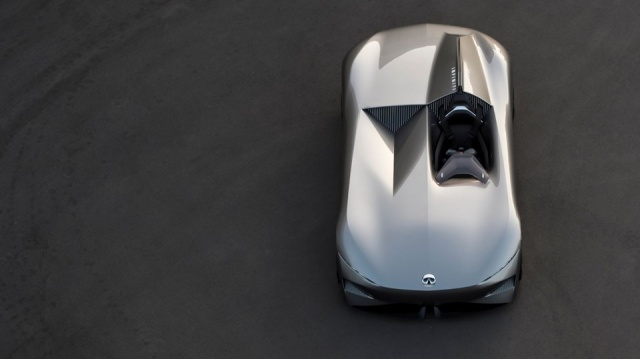 İnfiniti, yeni konsept modeli Prototype 10'u tanıttı