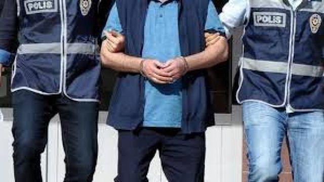 Kırmızı bültenle aranıyordu, İstanbul'da yakalandı