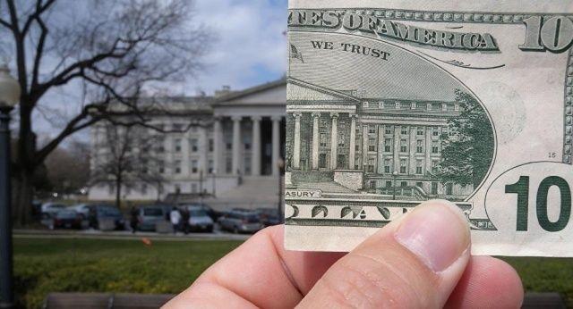 'ABD'de bütçe açığı 1 trilyon dolara ulaşabilir'