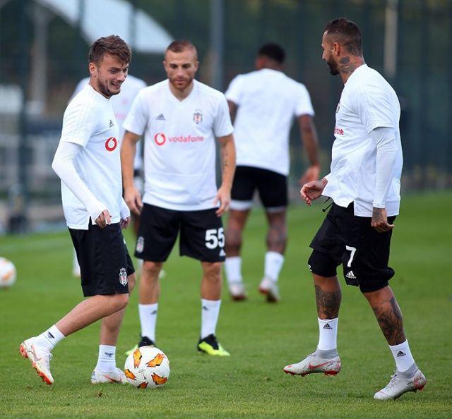 Beşiktaş Sarpsborg maçı canlı şifresiz izle