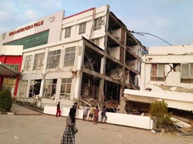 Deprem sonrası korkunç bilanço: 384 ölü