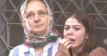 Genç kızın zor anı! Bakıp bakıp ağladı