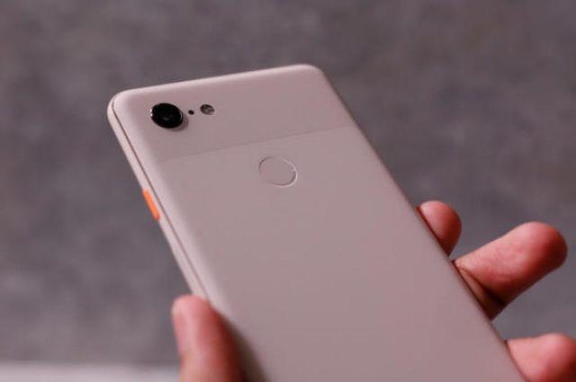 Google'ın yeni telefonları resmen tanıtıldı! Geliyorlar...