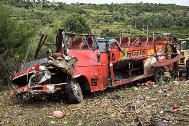 Katliam gibi kaza: 50 ölü