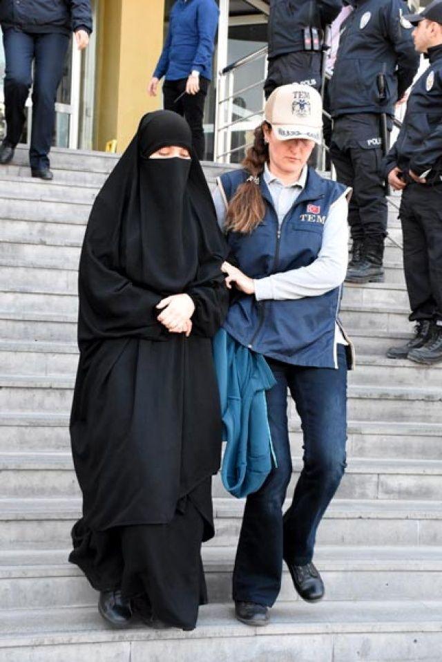Tüm dünyada aranıyordu! Kayseri'de 3 kadınla yakalandı…