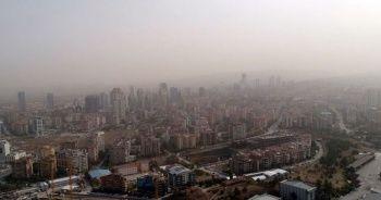 Ankara'yı toz bulutu sardı! Göz gözü görmüyor