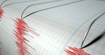 Antalya ve İzmir'de deprem