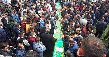 Cenazeye binlerce kişi katıldı! İlçeyi yıkan haber...