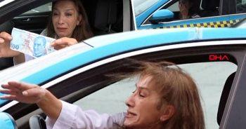 Kadın taksici gözyaşları içerisinde anlattı!