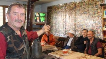 Yanında vesikalık fotoğrafı olan burada çay içebilir!