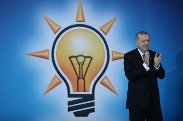 AK Parti'den aday adayı oldu, şehrin takımına Süper Lig sözü verdi