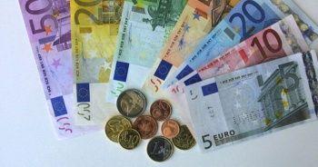 Euro 6 TL'nin altına inerek yaklaşık 3,5 ayın en düşük seviyesini gördü