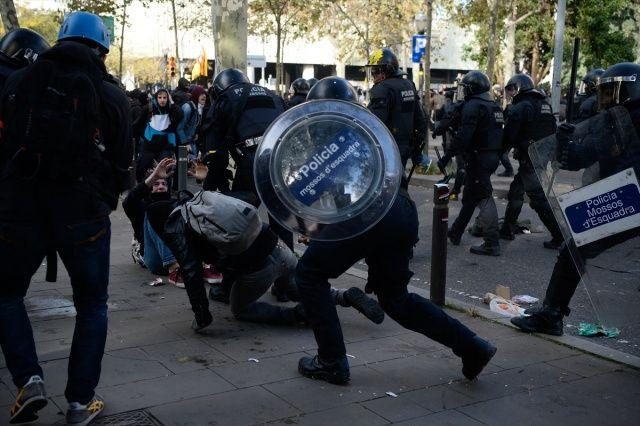 Katalonya'da İspanya karşıtı gösteriler