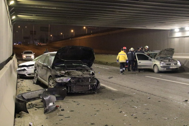 Ankara'da zincirleme trafik kazası: 5 yaralı
