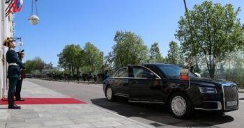 Putin'in yeni oyuncağı: İngiliz Rolls Royce çakması limuzin