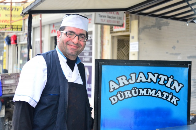 Arjantin'den getirdi, Adana'da yok satıyor!