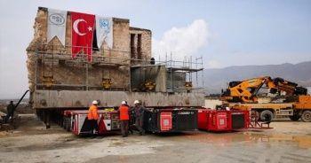 Hasankeyf'teki 610 yıllık Er-Rızk Camisi böyle taşınıyor
