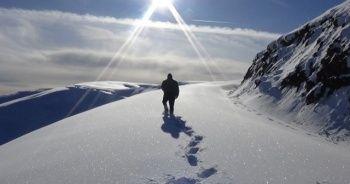 Kar kalınlığı yer yer 2-3 metreyi buldu!