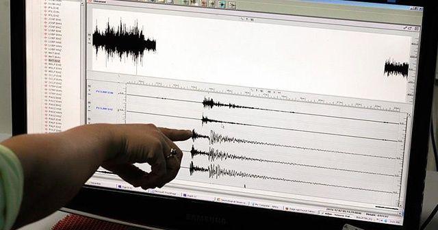 Silivri depremini bildi, yeni uyarılarda bulundu